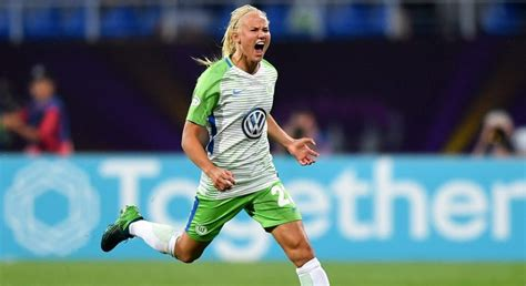 Pernille Harder named UEFA Women's Player of the Year 2017
