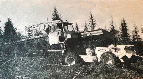 MUSEUM OF LUSTO IN FINLAND : FOREST MACHINERY