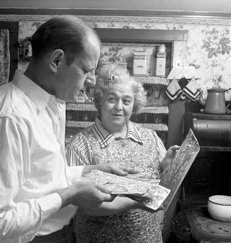 Early Photographs Of Jackson Pollock's Private Life And