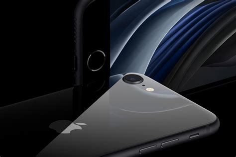 iPhone SE 2020 vs iPhone 8: Why Apple's new phone is its