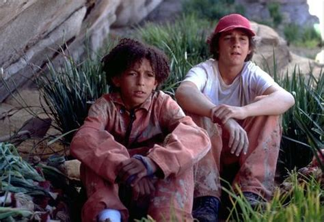 """You'll Pass Out When You See What Zero From """"Holes"""" Looks"""