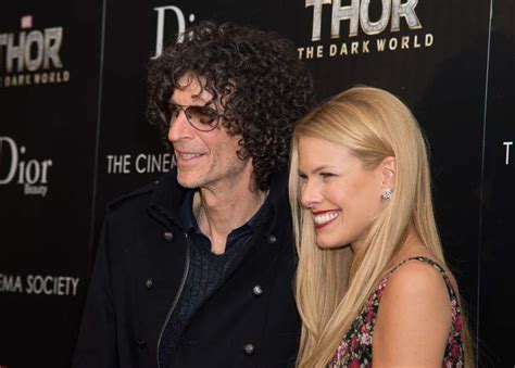 Howard Stern's Net Worth: 5 Fast Facts You Need To Know